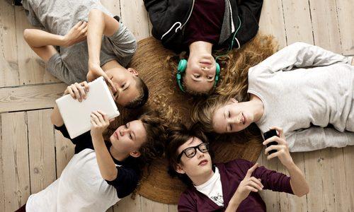 Социальные сети безопасны для подростков